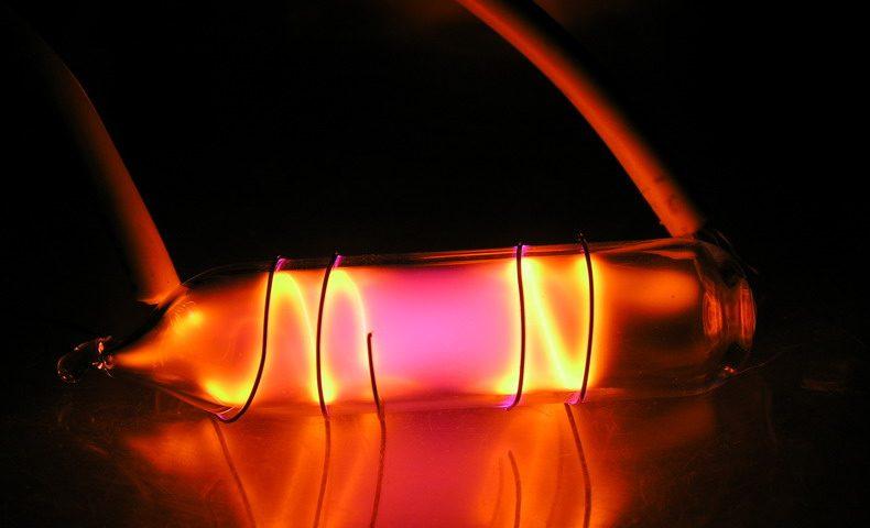 Khí Neon Tinh Khiết