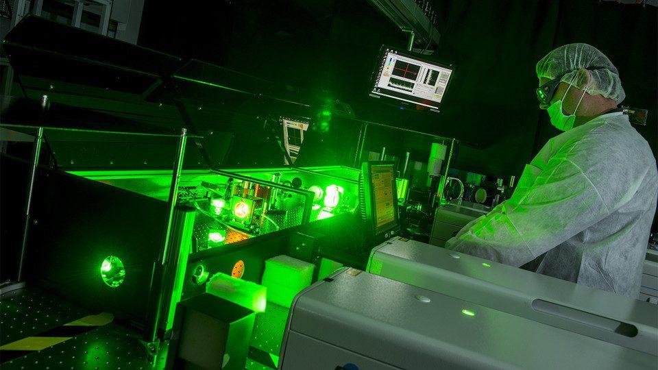 ứng dụng khí laser 3 thành phần trong y học