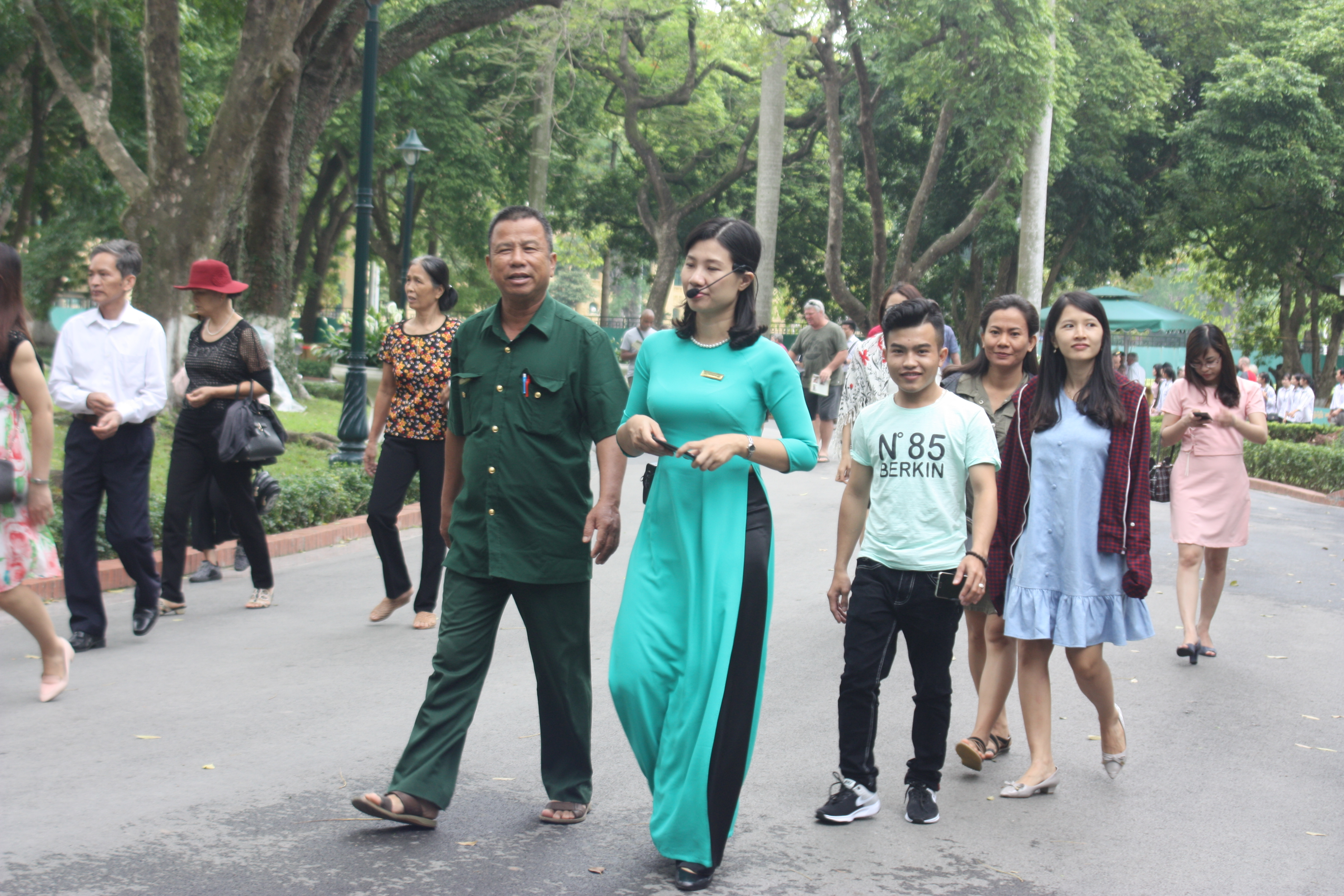 Toàn thể nhân viên MIGCO tham quan lăng Chủ Tịch Hồ Chí Minh