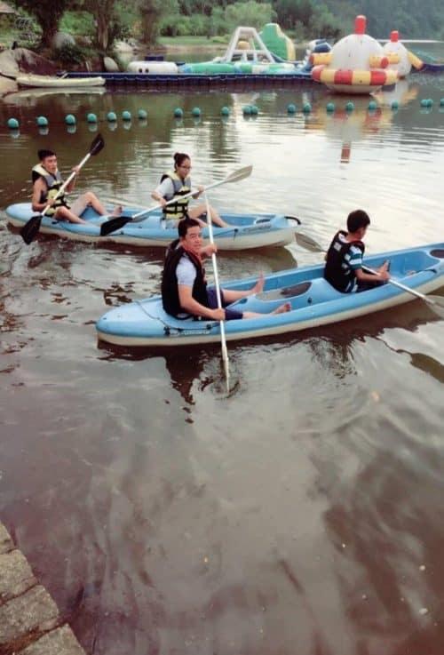 Team building tại madagui - Chèo thuyền