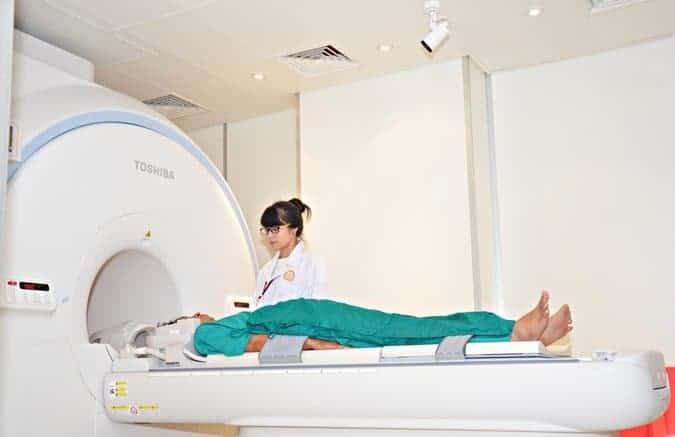 Chụp MRI cộng hưởng từ
