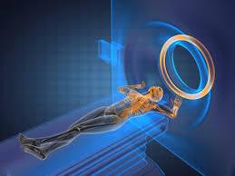 Máy quét MRI là một hình trụ ngắn mở ở cả hai đầu