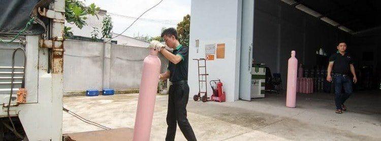 Cách lăn bình khí nén an toàn